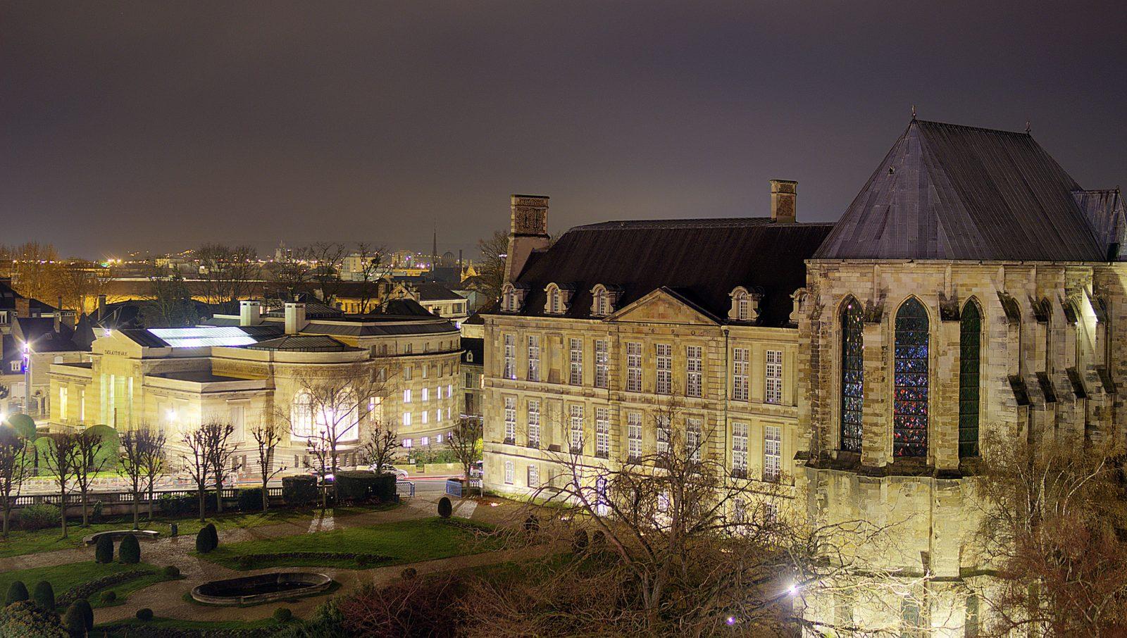 Palais du Tau et Bibliothèque Carnegie © Carmen Moya (2)